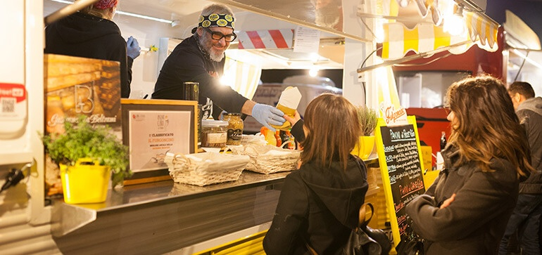 Gas-Fitters-Gold-Coast-Food-Vans-Image